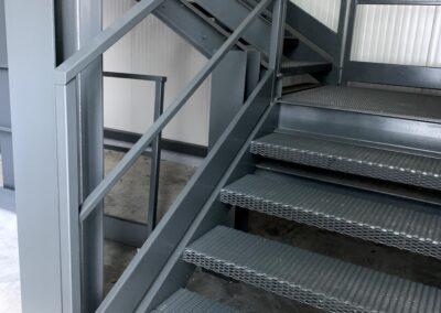 Nuova scala uscita di sicurezza